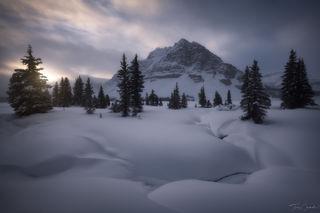 bow lake, banff national park, banff, alberta, canada, snow, frigid, canadian rockies